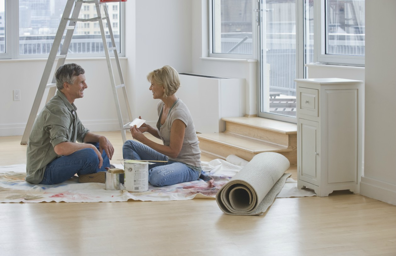Couple Discusses Home Improvement Budget During Renovation